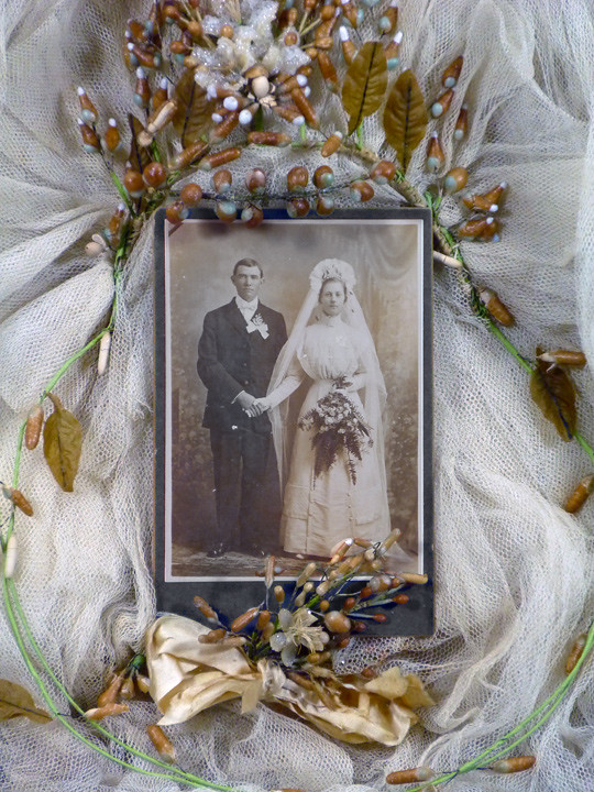 Shadow Box Wedding Cabinet Card With Veil And Buttoner
