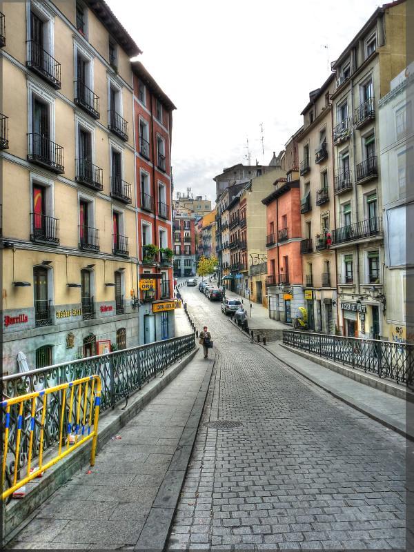 Calle de la escalinata de madrid por favor no use esta for Calle prado 8 madrid