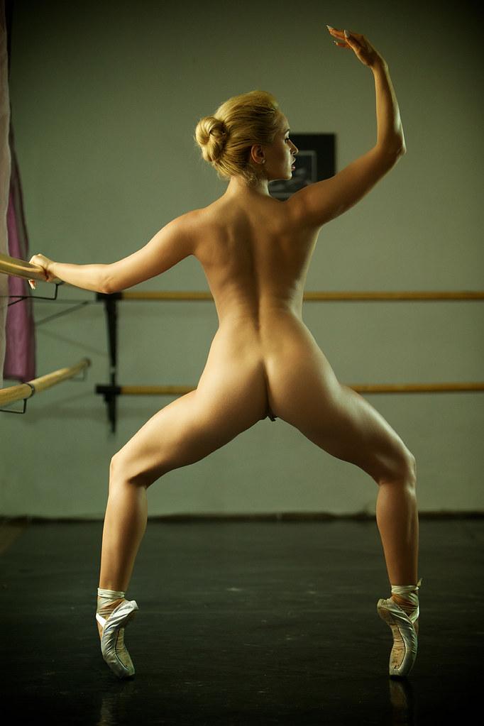 эро фото балерина aleska diamond