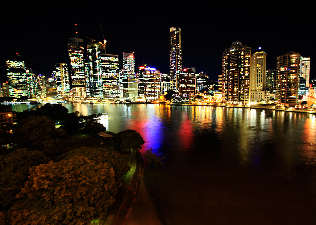 brisbane big city lights in australia brisbane. Black Bedroom Furniture Sets. Home Design Ideas