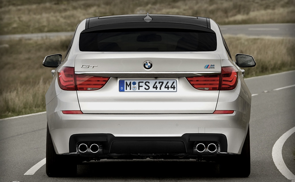 New Bmw M5 2018 Review Pictures moreover Bild Vergleich Bmw M5 F10 Mercedes E63 Amg 02 also Bm5 besides 2014 Bmw M5  petition Package And M6  petition Package 21 further 33. on bmw m5