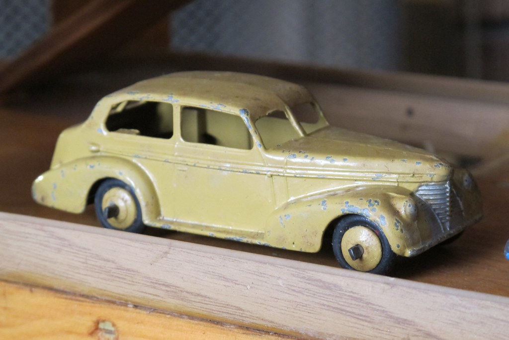 1938 oldsmobile 2 door dinky toy this 1938 oldsmobile for 1938 oldsmobile 2 door sedan