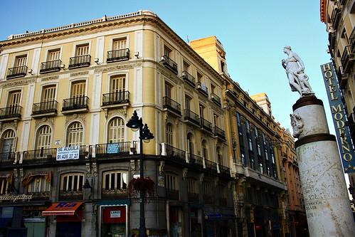 Casa de la mallorquina y mariblanca calle arenal y puerta for Calle sol madrid