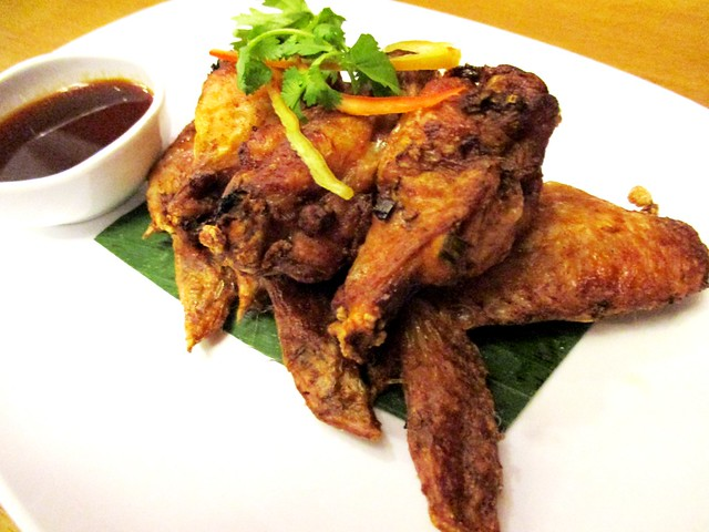Thai fried chicken wings