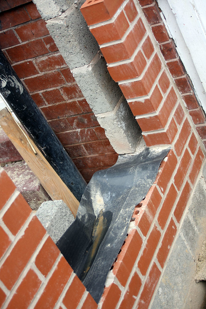 Cavity Wall At Door With Dpc The Construction Of Cavity