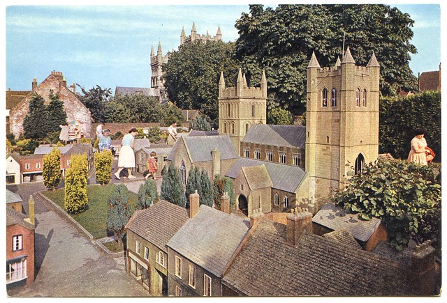 wimborne minster senior personals Meet thousands of singles in wimborne minster with mingle2's free personal ads and chat rooms wimborne singles dating wimborne minster senior dating.