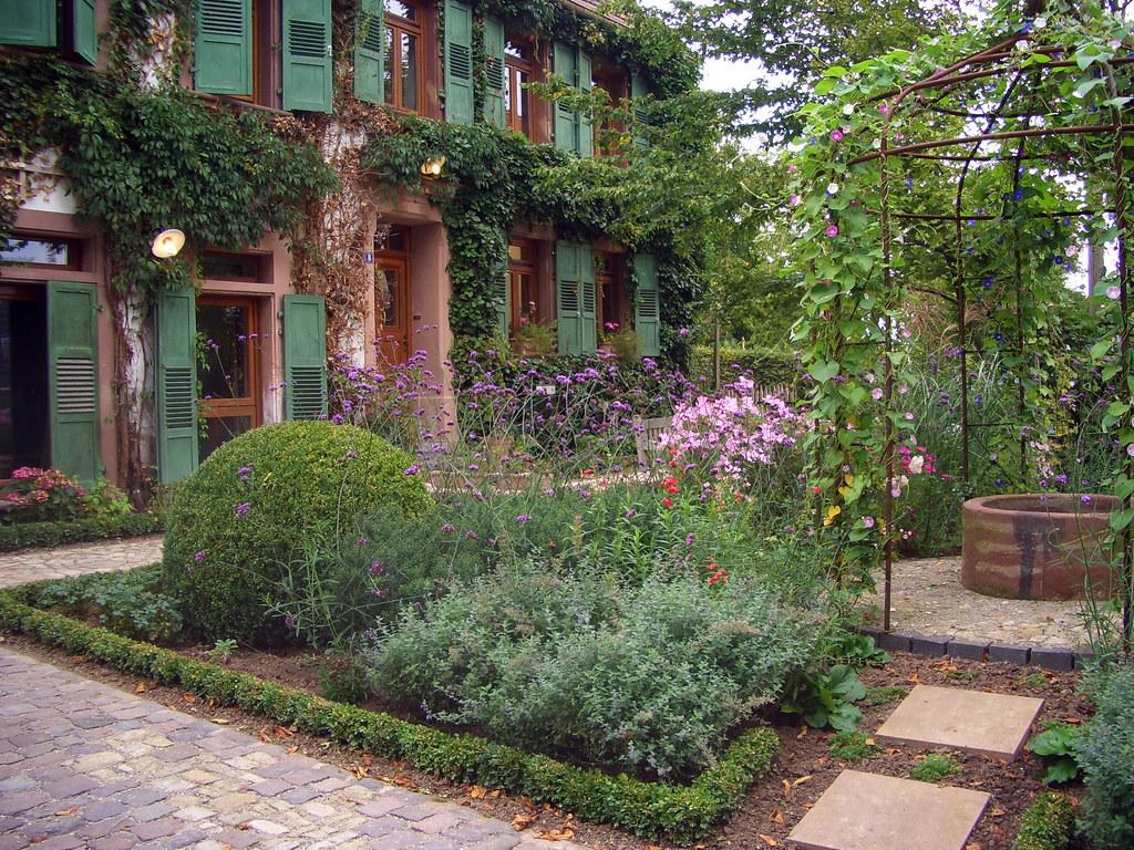 romantischer garten romantic garden wie ein verwunschene flickr. Black Bedroom Furniture Sets. Home Design Ideas
