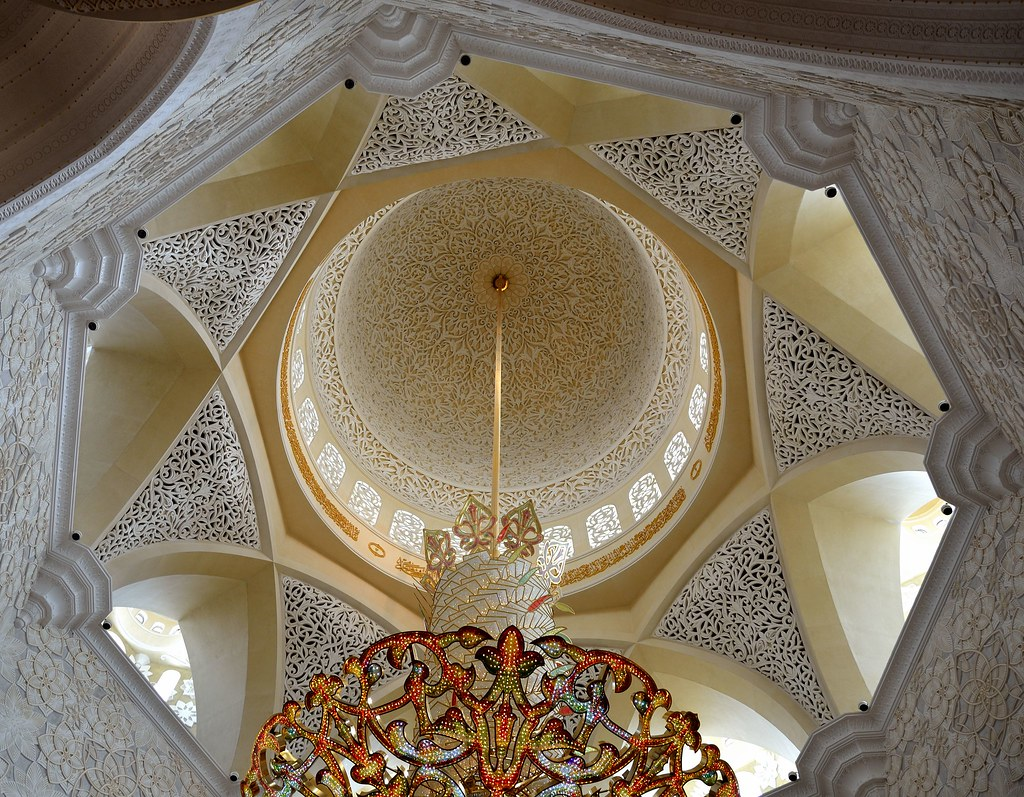 Inside Dome Of Sheikh Zayed Grand Mosque Abu Dhabi Flickr