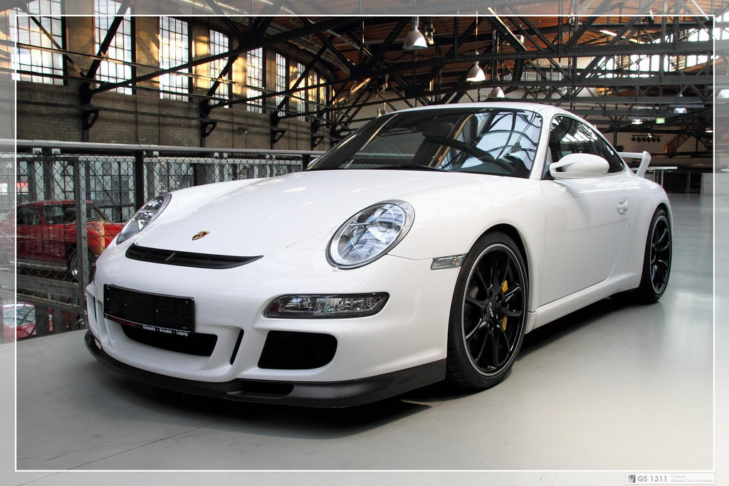 2005 porsche 911 997 gt3 05 the porsche 911 gt3 is a. Black Bedroom Furniture Sets. Home Design Ideas