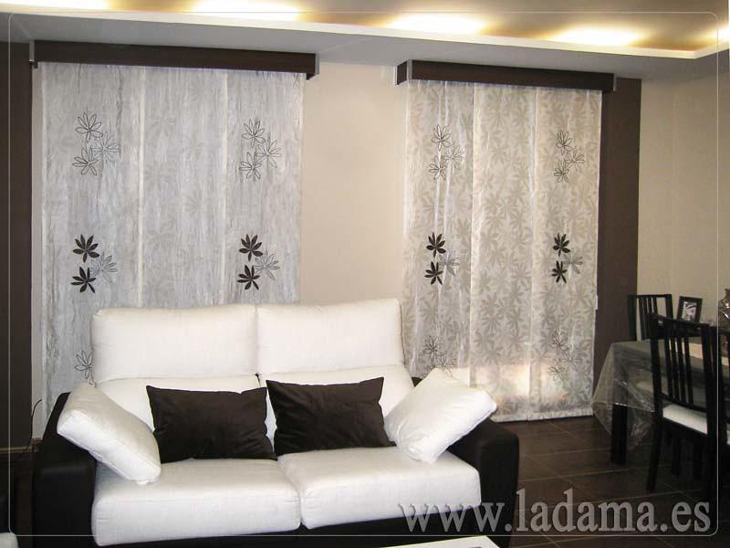 Decoraci n para salones modernos cortinas paneles japone - Precio de estores ...