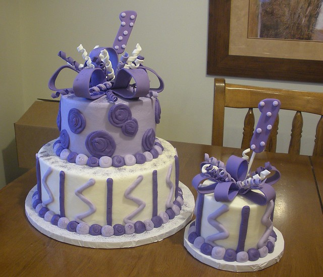 purple birthday cake purple 1st birthday cake flickr photo 6881