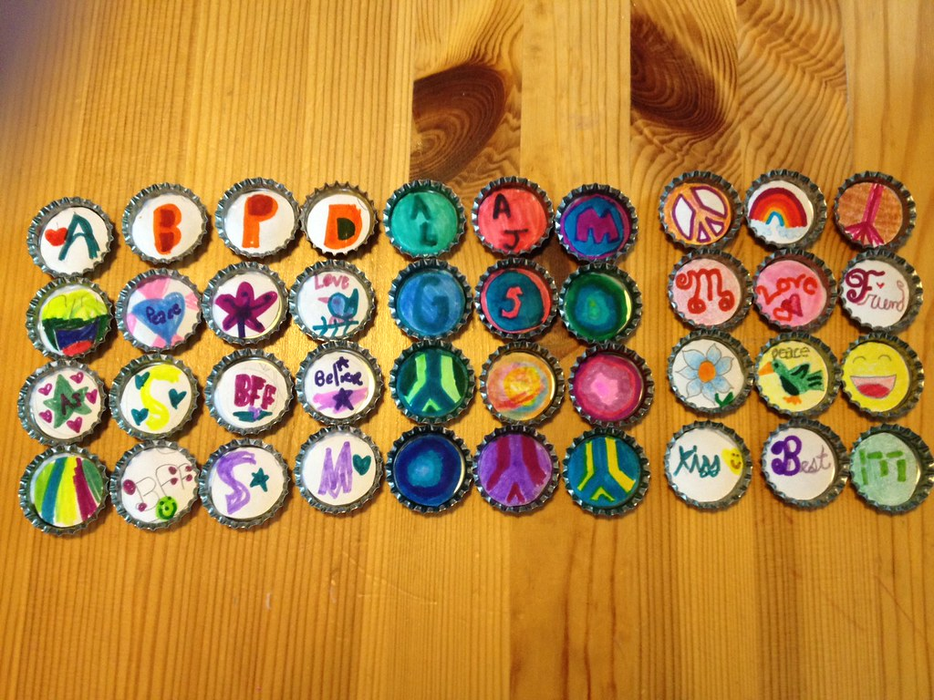 Bottle Cap Crafts | Made by Maya (7), Mollie (7), and Sarah … | Keet ...