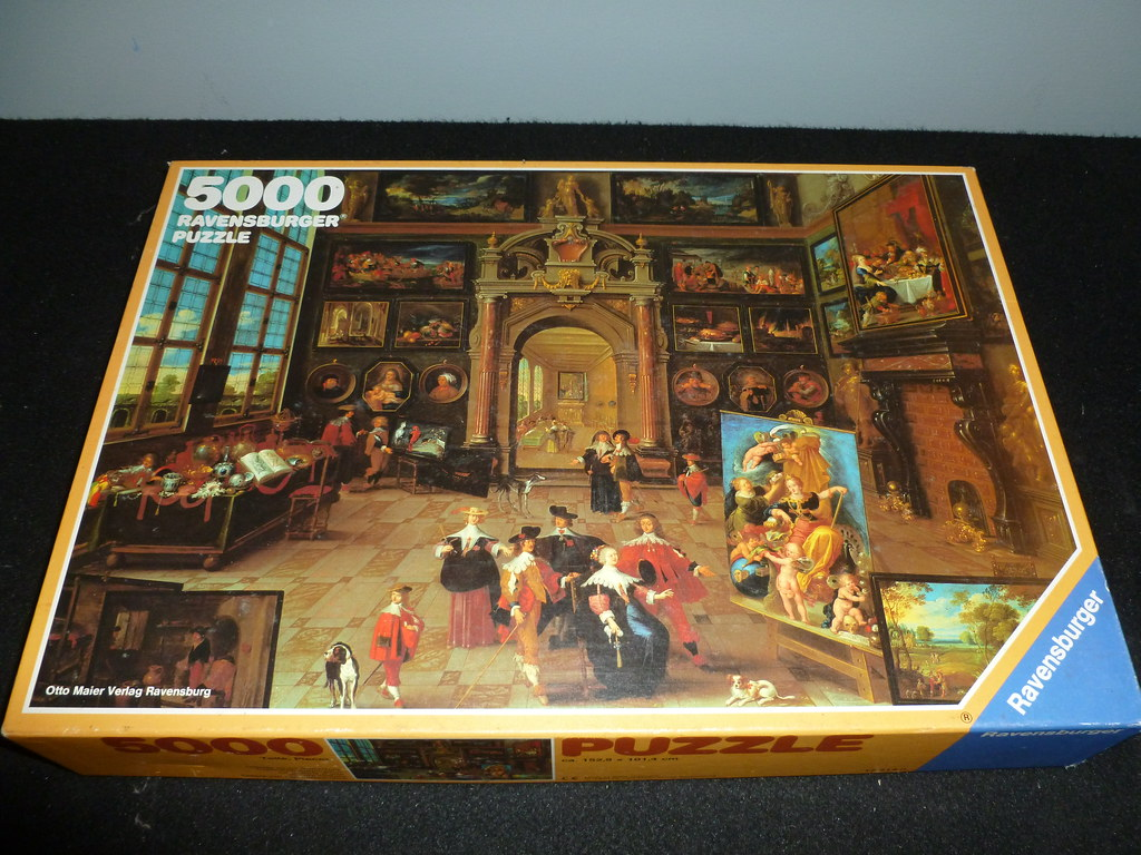 5000 piece puzzle gallery of a collector by frans franck