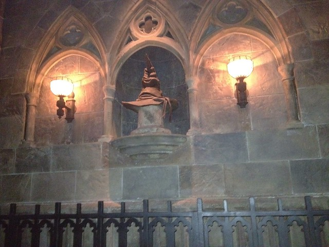 Sorting Hat inside Hogwarts Castle | Wasn't sure how this ...