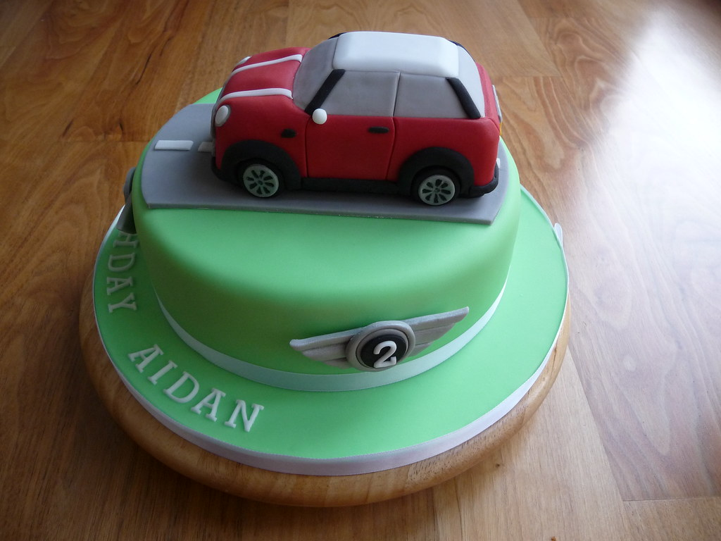 mini cooper wedding cake topper mini cooper cake side view this is an 8 quot vanilla 17393