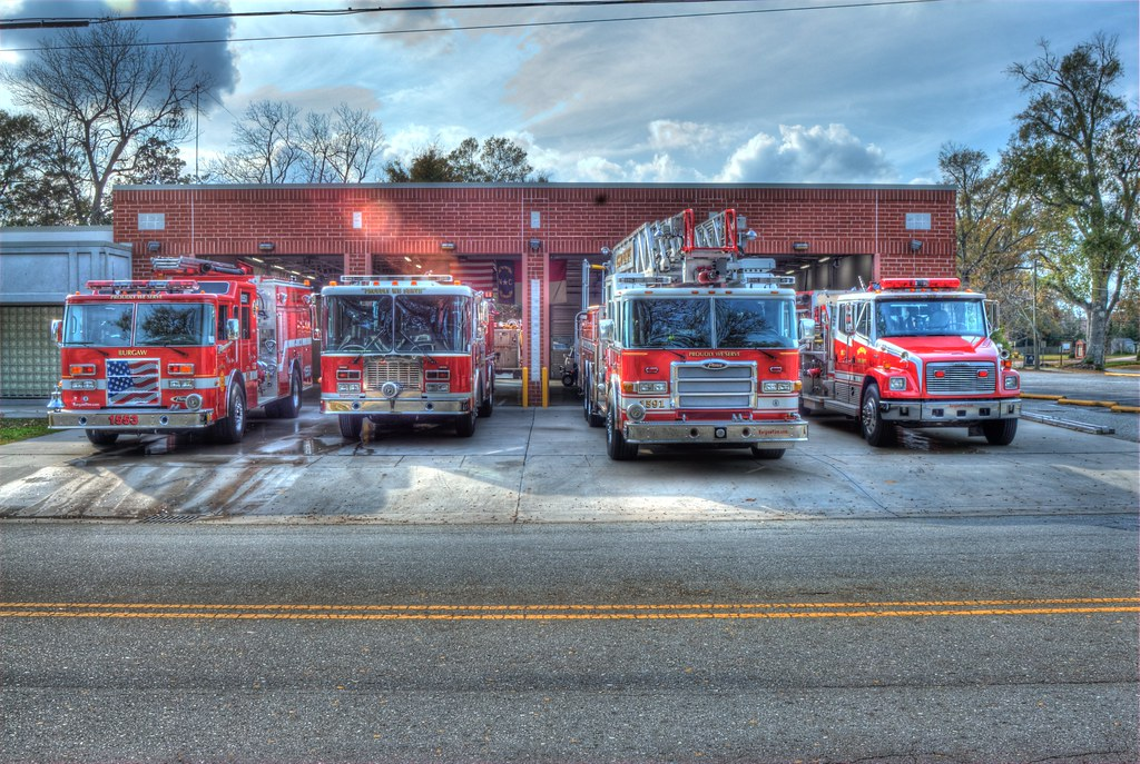 The Burgaw, North Carolina Fire Department | © 2011 Eric Ade… | Flickr