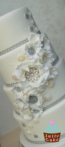 Winter White Vintage Ruffles Wedding Cake | by www.jellycake.co.uk