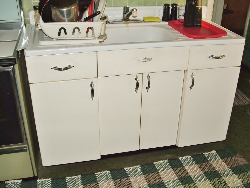 youngstown metal kitchen cabinets youngstown metal sink lower cabinets by mullens 2011 flickr 29535