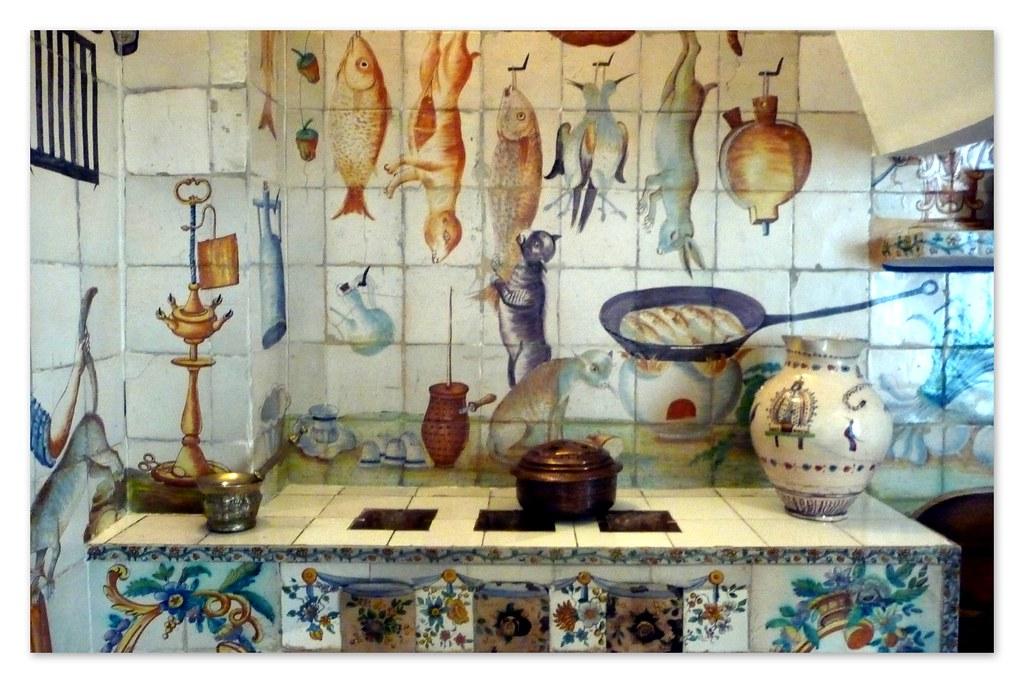Decoraci n con azulejos de una cocina valenciana del siglo for Cocina valenciana