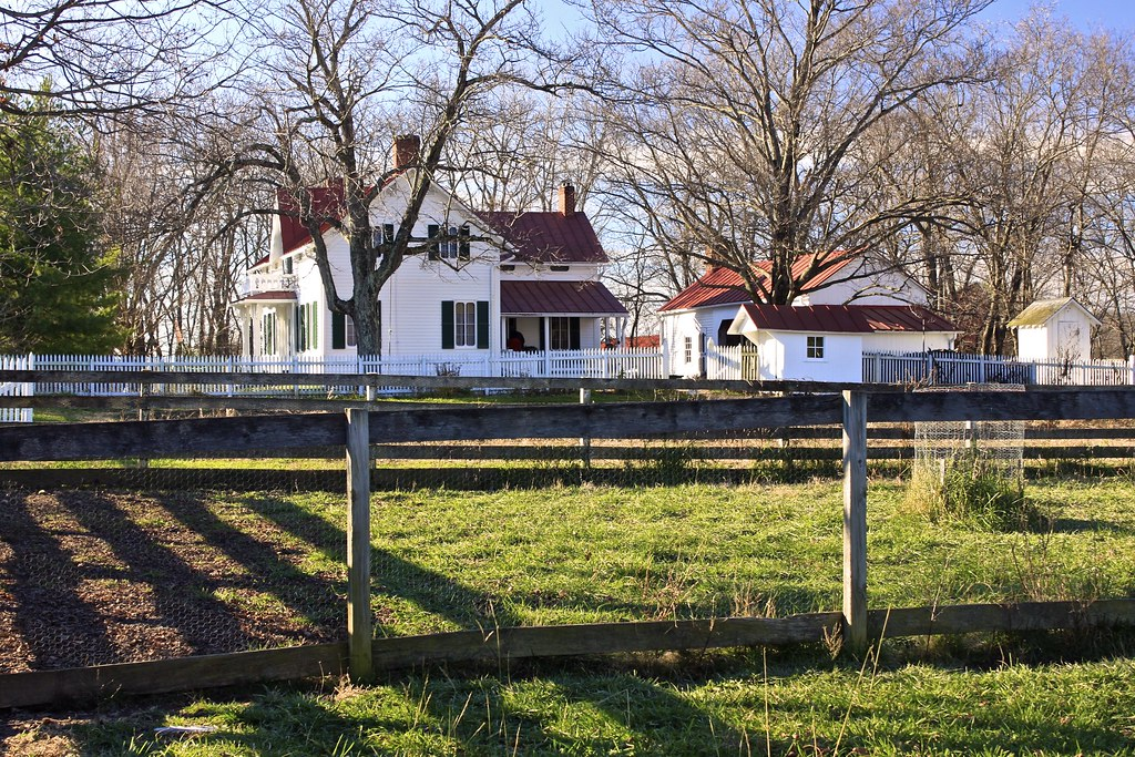 Gothic revival style farmhouse november 25 2011 slate for Gothic revival farmhouse