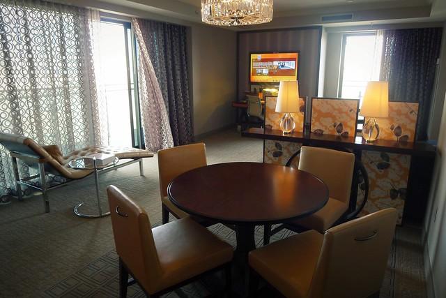 Cosmopolitan wrap around terrace suite flickr photo for Terrace suite cosmopolitan