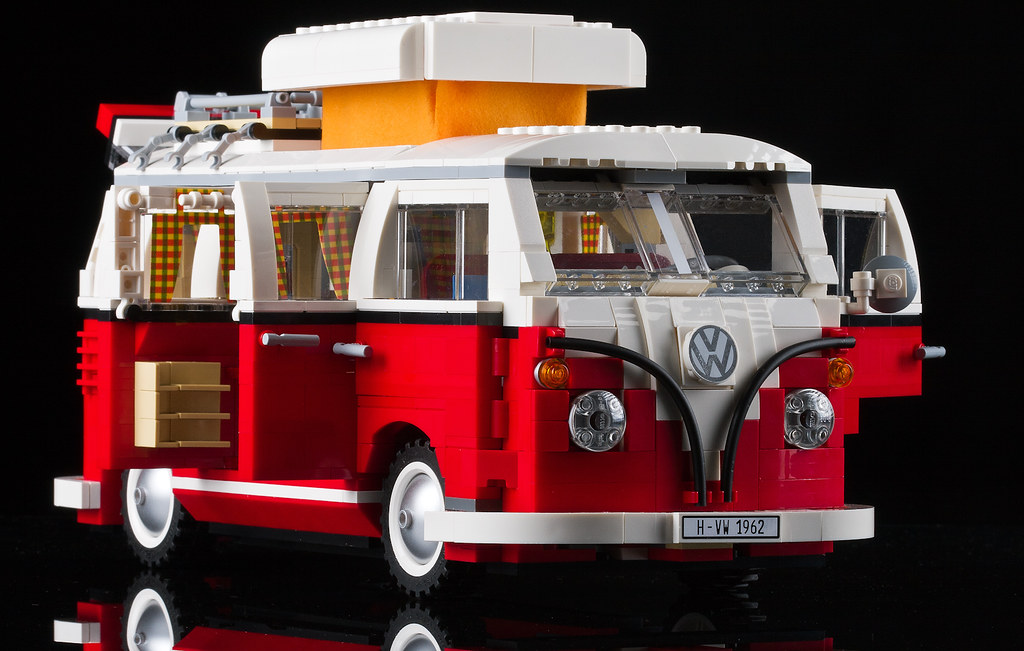 New Vw Bus Camper >> Lego camper van-3.jpg | Ernesto Carrillo | Flickr