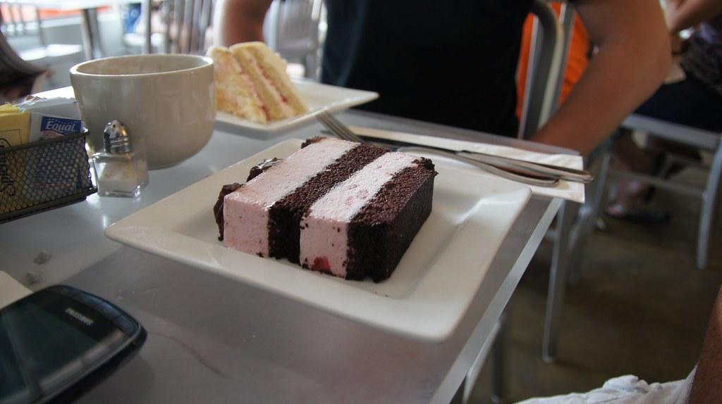 Oprahs Favorite Cake