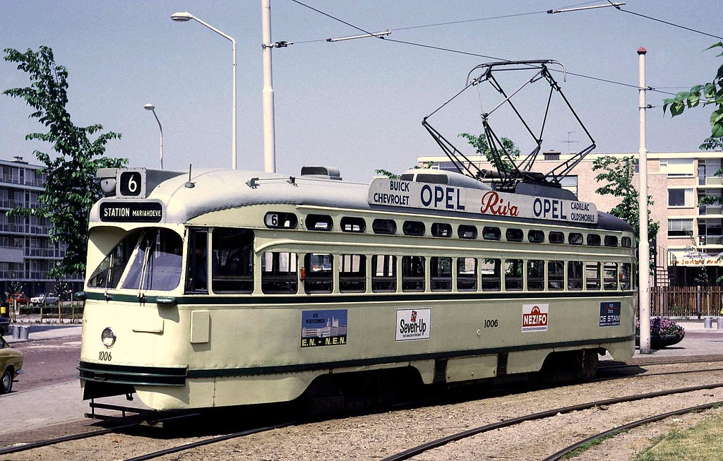 Htm den haag pcc car 1006 at leyenburg terminus on route for Auto interieur reinigen den haag