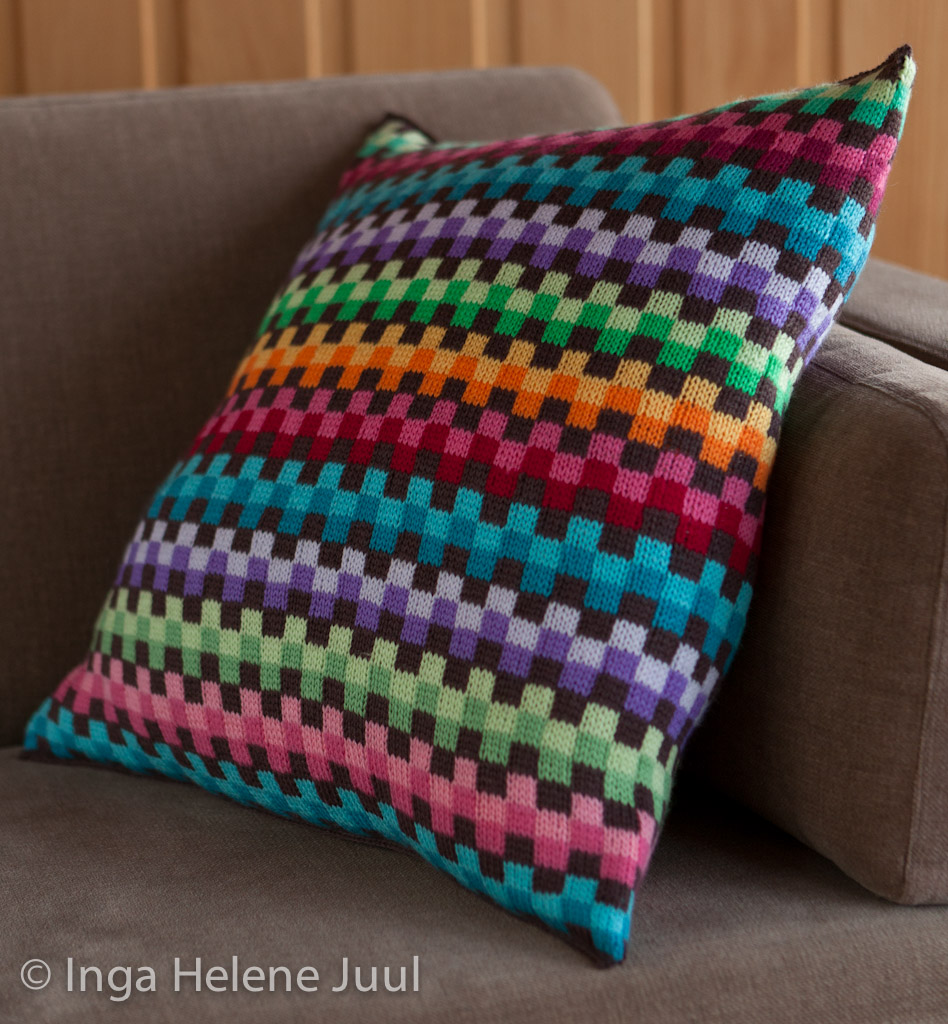 Wool Cushion Knitting Pattern : My take on Missoni Pillow knitted in Dale Baby Wool. Inspi? Flickr