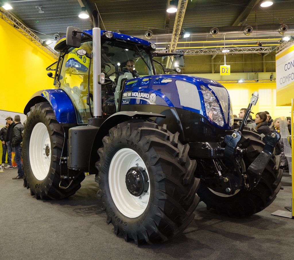 New Holland T7 210 Fieragricola 2012 1 Image Line