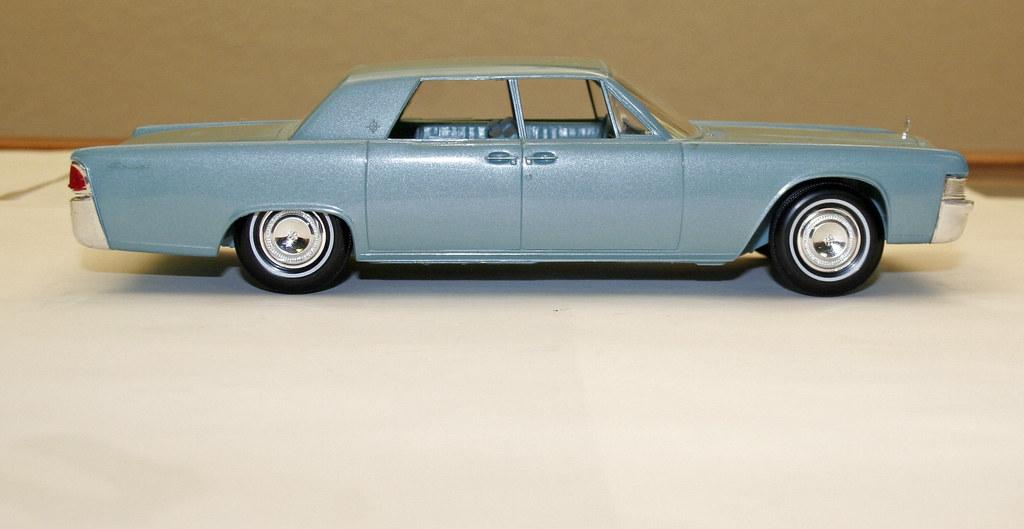 1965 lincoln continental sedan promo model car huron blu flickr. Black Bedroom Furniture Sets. Home Design Ideas