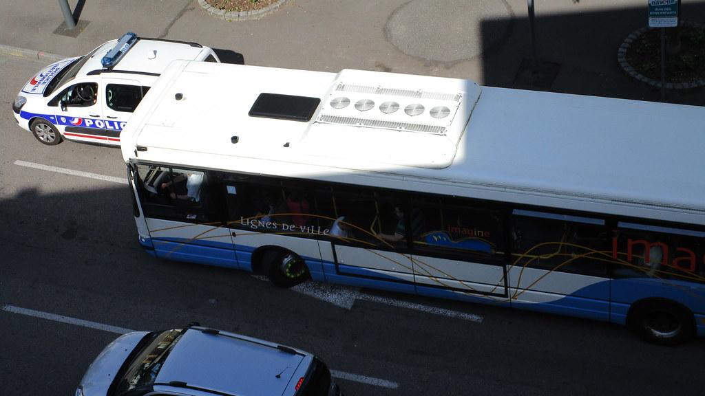 Irisbus Agora S n° 101 - Page 3 26706254653_a8db2a44ce_b