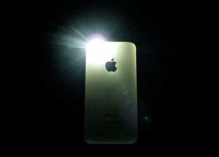 iPhone 4S - flash in the dark | by Gabriele Barni