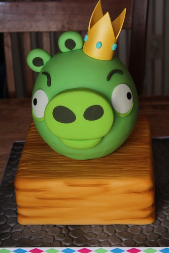 King Pig cake | by Andrea's SweetCakes