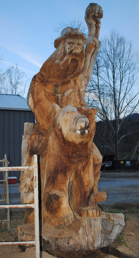 Most awesome chainsaw carving ever a hillbilly riding