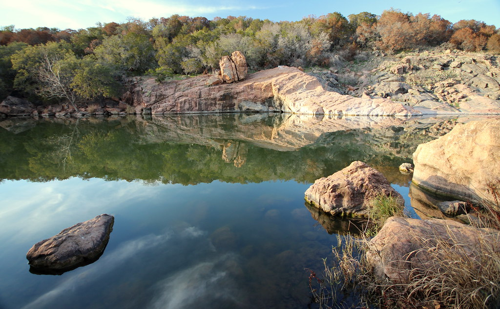 Devil's Waterhole   Inks Lake State Park, Texas For some ...