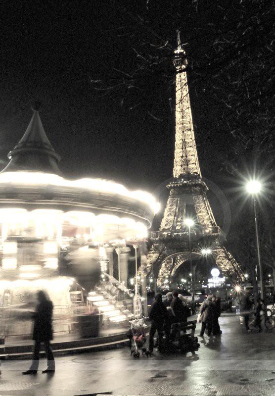 foto de La Ville Lumière Paris has many nicknames but its most Flickr