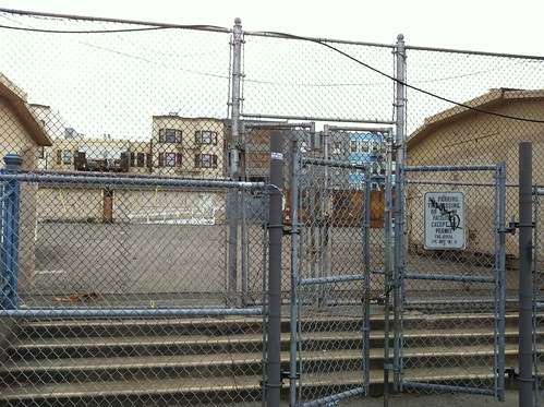 "Site in ""hip Mission district"" @MrCleanSF has suggested #occupysf move to #ows 