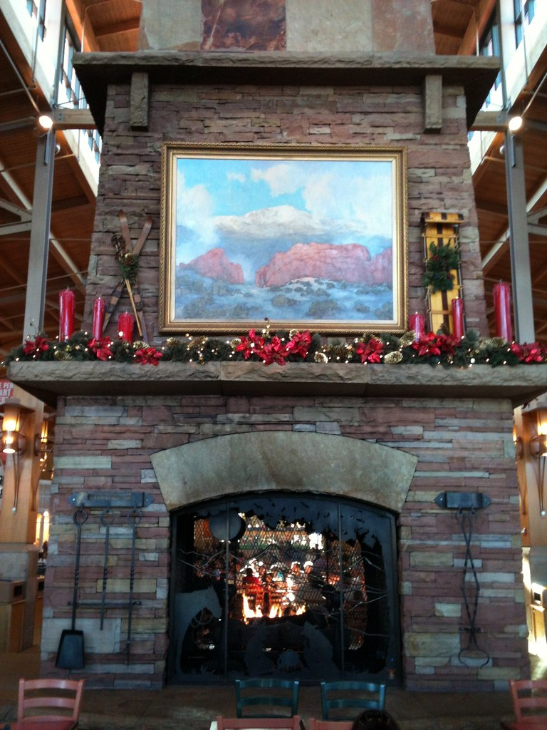 DEN - Park Meadows Mall Fireplace 2011   The-World-According-To ...
