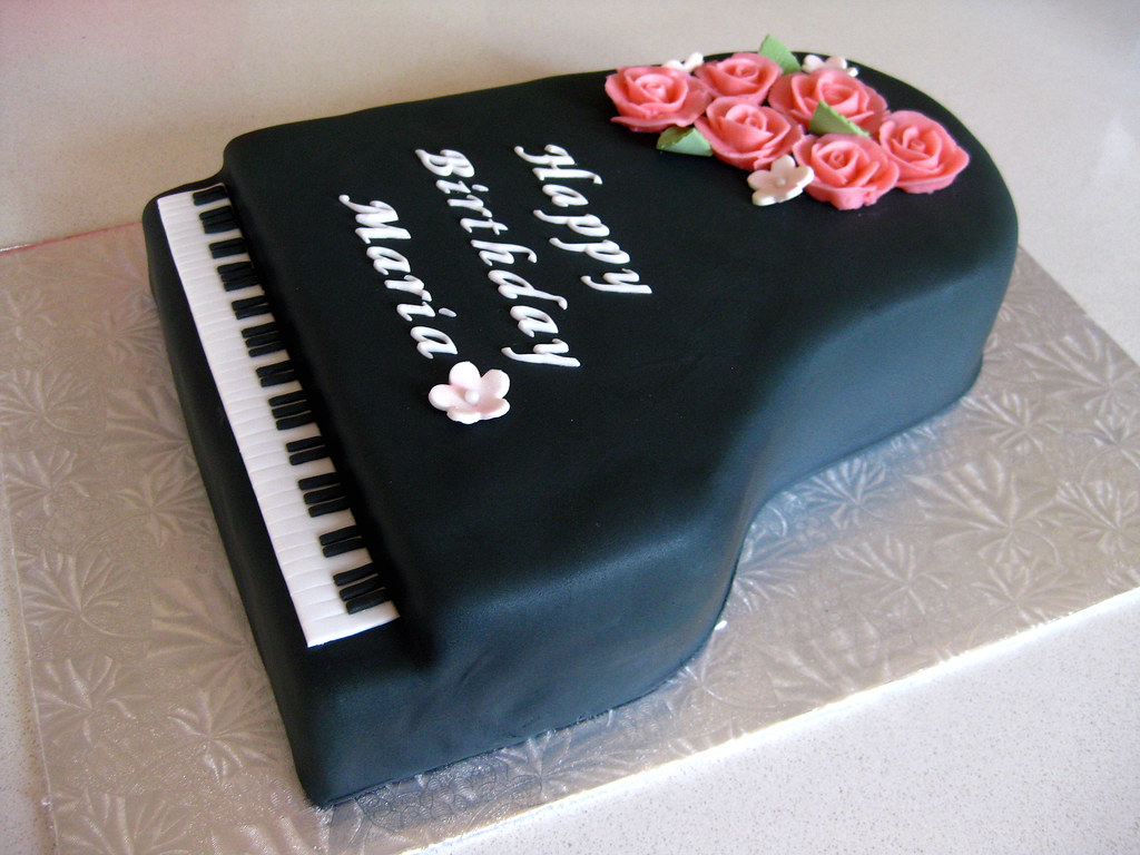 Cake Design Un Piano : 1000+ images about piano cakes on Pinterest Piano cakes ...