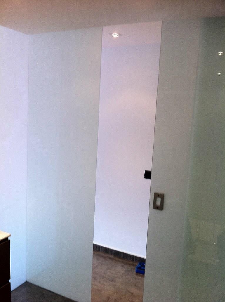 Bano minusvalidos puerta corredera puertas correderas - Puerta corredera cristal bano ...