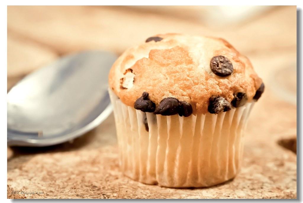 Bite-size chocolate chips muffin Amberyz Flickr