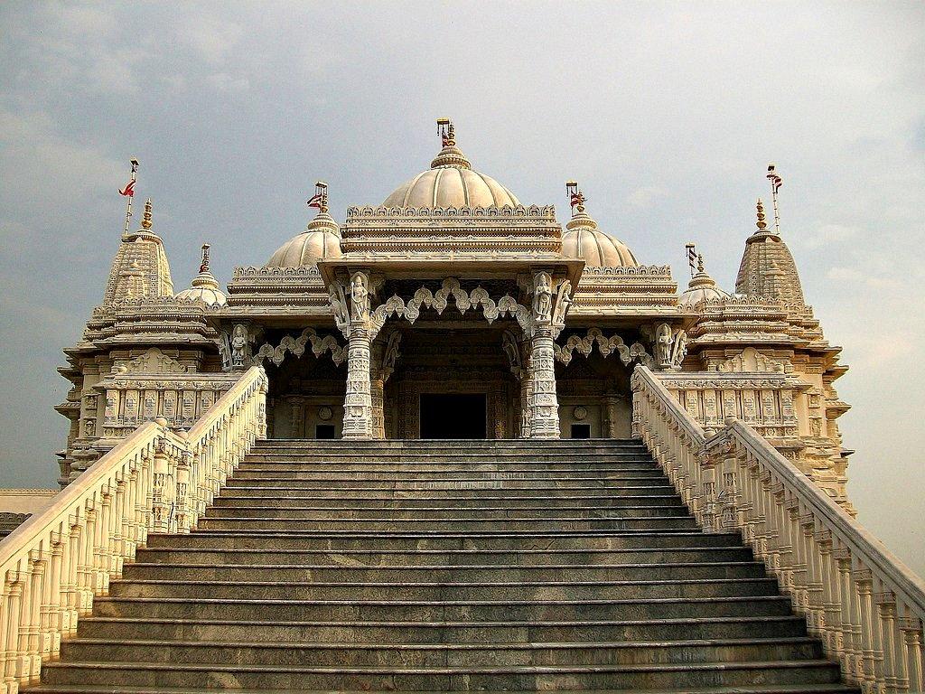 Stairs Leading To Shri Swaminarayan Mandir Hindu Temple