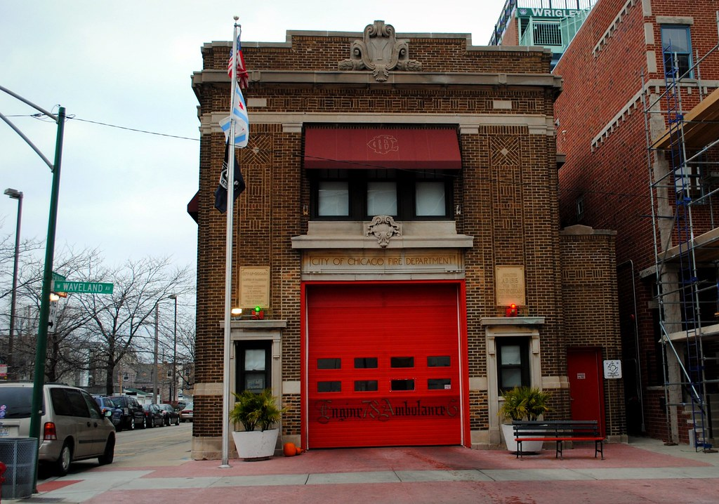 Chicago Fire Department Engine 78: Wrigley Field firehouse ...