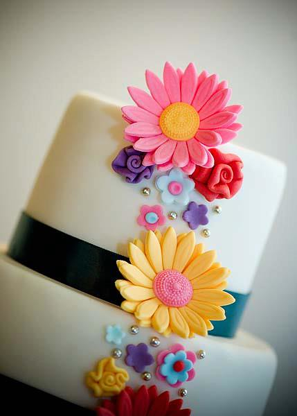 Gerbera Wedding Cake