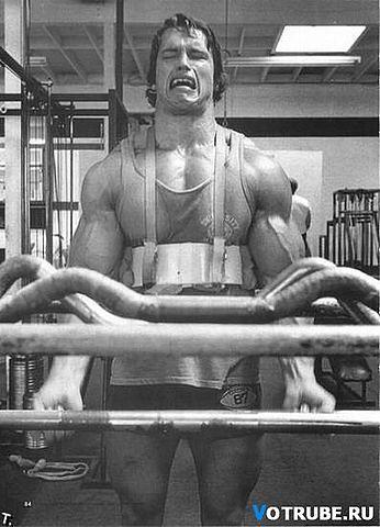 arnold schwarzenegger ciclo steroidi
