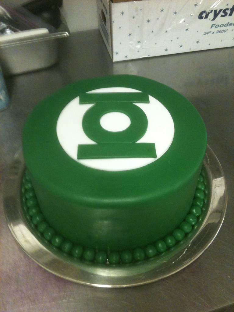 Green Lantern Cake Decorating Kit : Green Lantern Cake