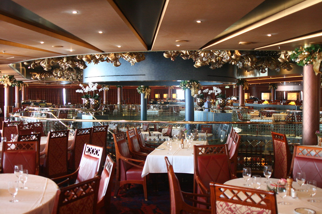 Holland America Line's ms Oosterdam: Vista Dining Room ...