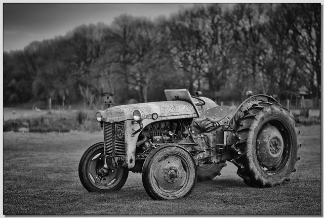 Black and white tractor 1 | 1954 Grey Fergusson tractor ...