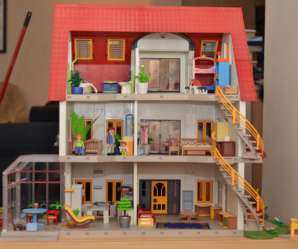 Isobel 39 S Playmobil House Flickr Photo Sharing
